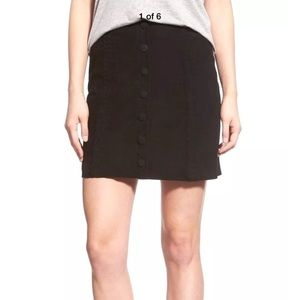 New Paige Cassia button down suede skirt Medium